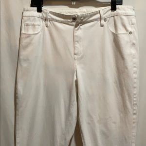 CHICO'S CLASSIC white cropped jeans SZ 14